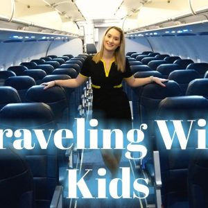 Travel Tips + Gadgets From A Flight Attendant Mom | Traveling With Kids